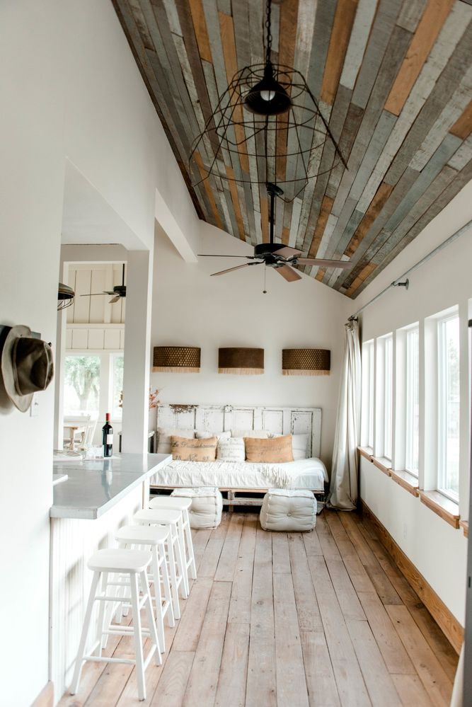 The Vintage Round Top - Lodging, Lifestyle, and Decor